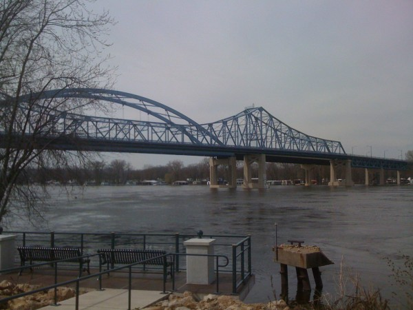 High water on the Mississippi River, La Crosse, Wisconsin, 21 April 2011
