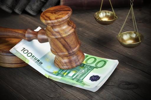オンラインカジノの違法性と合法性はどう考えられている?
