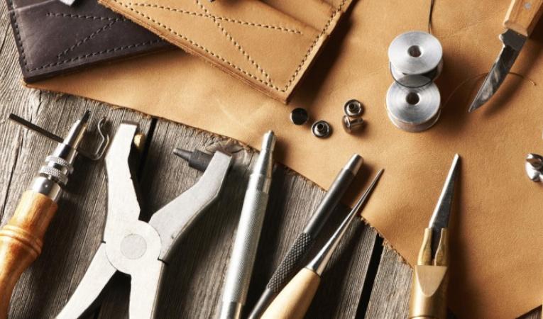 Εργαλεία επισκευής παπουτσιών