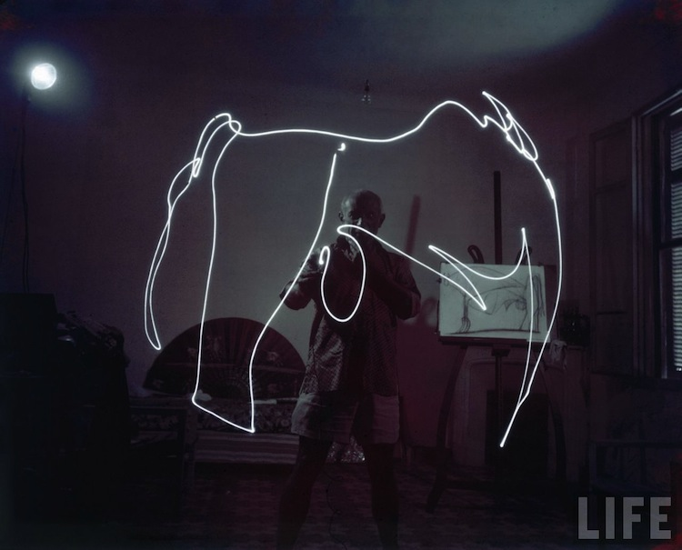 Pablo Light Painting