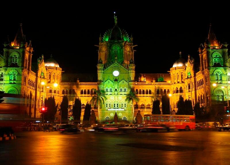 Estaciones de tren de Shivaji Terminus Verde Rojo