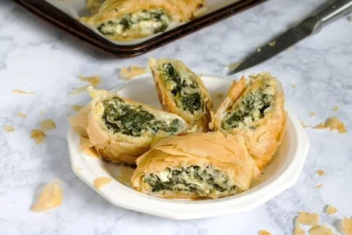 How to Make Spinach and Cheese Phyllo Pie