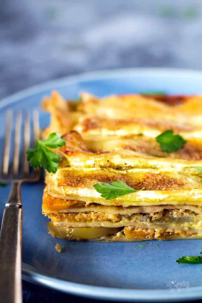 Vegetarian apple and butternut squash lasagna recipe.