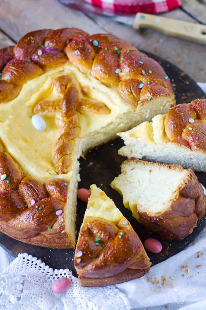 Delicious recipe for sweet bread with cheese