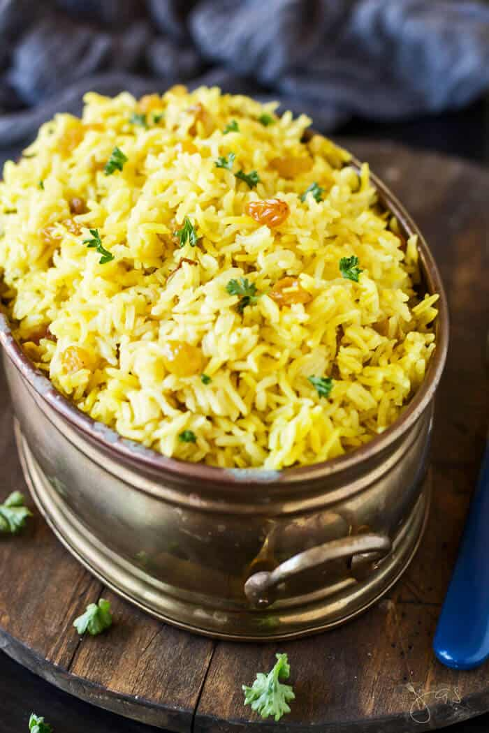 This sultana yellow rice gets its vivid color from turmeric and curry.