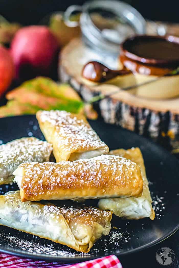 Scrumptious Swedish apple pie fillo rolls recipe.