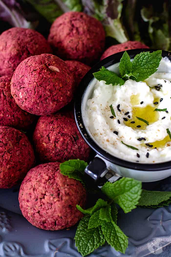 How to make baked falafel with red beets.