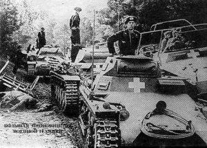 Колонна немецких танков во главе с Pz.l