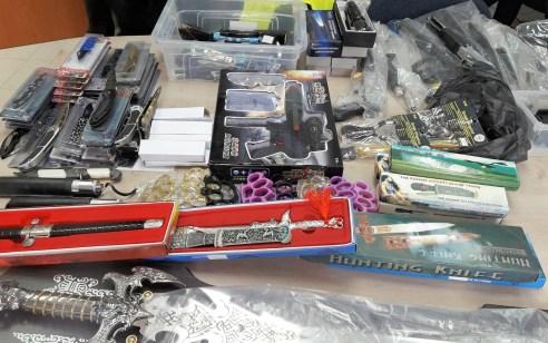 """רחובות: מאות """"צעצועים מסוכנים"""" נתפסו בפעילות משטרתית בעיר"""