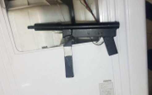 במהלך סריקות הלילה אותרו נשק מיצור עצמי, 2 קרלו ועשרות אלפי שקלים המיועדים לטרור