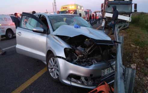 כביש 465: ארבעה נפגעים בהם קשה ובינוני בתאונה עם מעורבות משאית ורכב פרטי