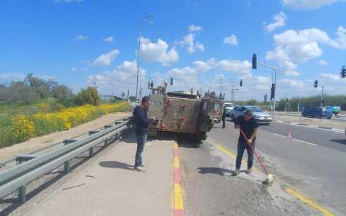 """חייל צה""""ל נפצע בינוני בתאונת דרכים בדרום הארץ"""