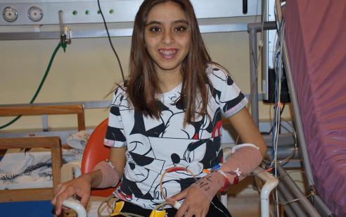 ניתוח השתלה משולב ונדיר של כבד ולבלב בנערה בת 13 וחצי בוצע בשניידר – האיברים הפנימיים בגוף התורמת היו הפוכים, מצב נדיר במיוחד!