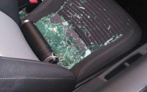 נזק לרכבים בפיגועי אבנים סמוך למעלה עמוס וגבעת אסף