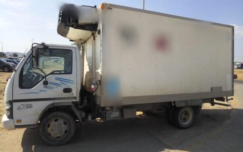 הוביל במשאית בשר פג תוקף מלפני חצי שנה ונתפס נוהג ללא רישיון על משאית