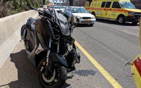 רוכב אופנוע נפצע בינוני בתאונה בכביש 471 סמוך למנהרת מכבית