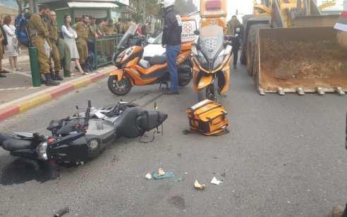 רוכב אופנוע נפצע בינוני בתאונה בסמוך לצומת סירקין