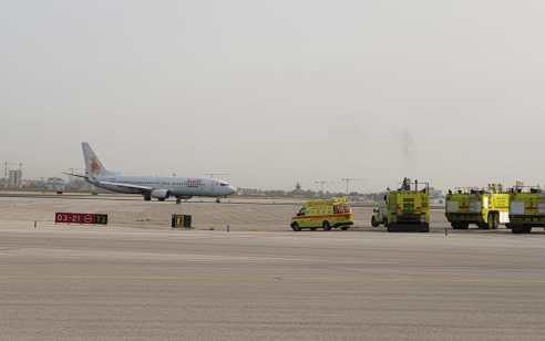"""מטוס אל על שהמריא מנתב""""ג חזר לשדה בשל תקלה ונחת בשלום – על סיפונו היו 138 בני אדם"""