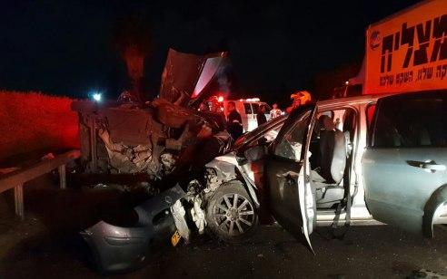 6 נפגעים בהם אחד קשה בתאונה בין שני רכבים סמוך לפרדס חנה