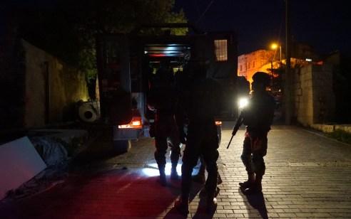 הלילה נעצרו תשעה מבוקשים פעילי טרור ונתפס כספי טרור