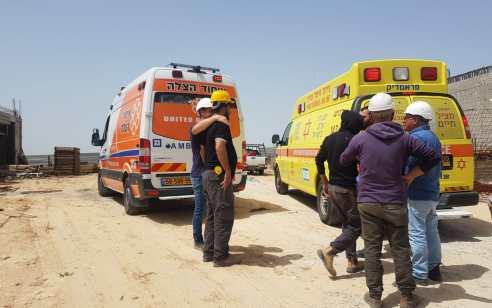 לא מפיקים לקחים: 3 פועלים נפצעו הבוקר בקרית גת, תל אביב וחיפה – מצבם בינוני