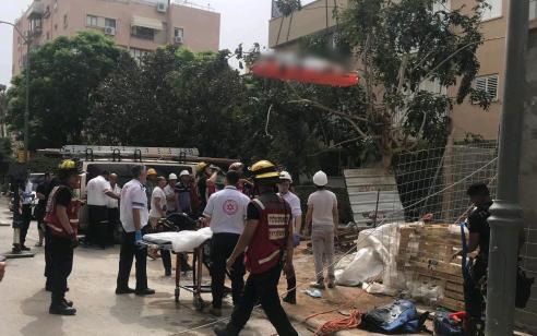 בן 72 נפל לפיר באתר בניה בראשון לציון ונפצע באורח בינוני