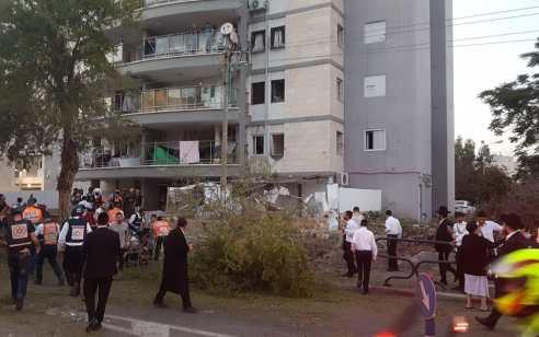 הרוג בפגיעה ישירה באשדוד – 7 נוספים נפצעו