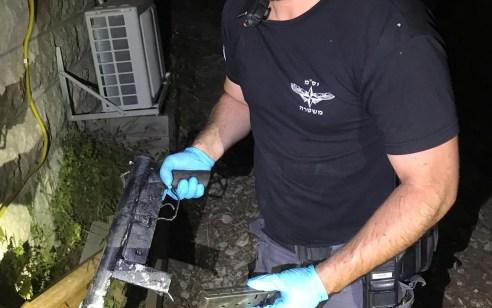 אותר נשק מאולתר בתוך רכב מוסתר במטע זיתים אשר שימש לירי במהלך קטטה שהתרחשה הלילה בעילוט