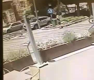 תיעוד ממצלמות אבטחה: רגע פיצוץ הרכב בחיפה – הפצוע ניצל מנסיון חיסול המרצדס בחודש שעבר באילת