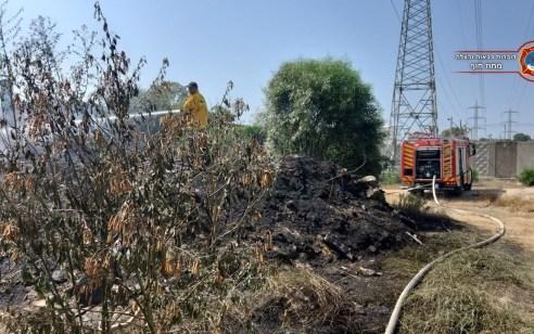 כוחות כיבוי רבים בלמו שריפה שאייימה על עסקים בקרית ביאליק