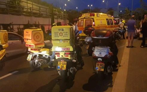 הרוג כבן 16, פצוע בינוני וקל בתאונה בין אופנוע להולכת רגל בירושלים