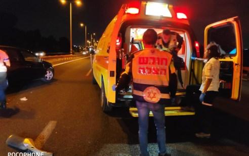 2 פצועים במצב בינוני עד קשה בתאונה בין רכב לאופנוע בכביש 5 סמוך למחלף מורשה