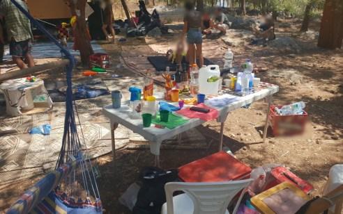 סמים ואלכוהול: המשטרה חשפה היום מסיבת טבע, ביער הסמוך למודיעין