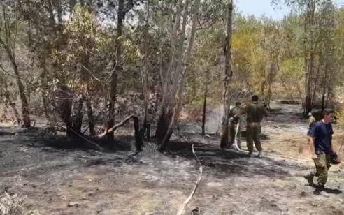 טרור הבלונים: שריפה נגרמה מבלון ביער כיסופים – נבדק חשד לשריפה נוספת מבלונים