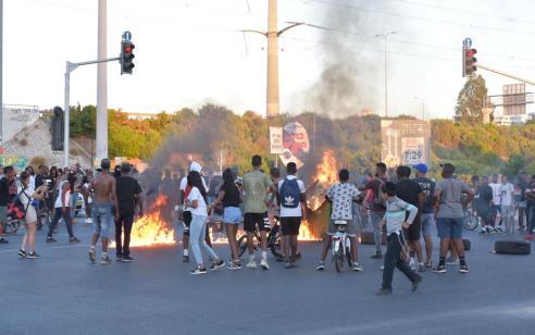 """המשטרה נערכת לקראת קיומן של מחאות וקוראת למפגינים לשמור על החוק והסדר: """"כן למחאה לא לאלימות""""   כל הפרטים על החסימות"""
