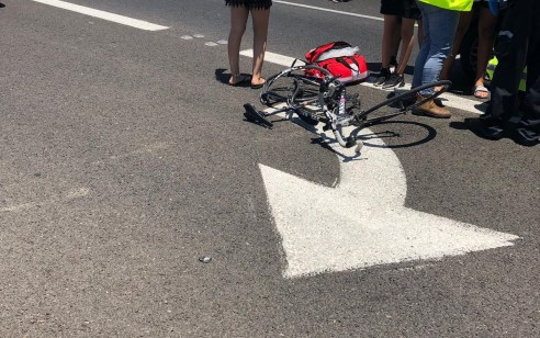 רוכב אופניים כבן 30 נהרג בתאונה עם רכב בכביש 44 צומת בית דגן