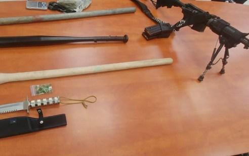 נתפסו פיגיונות, אלות מגואלות בדם, m 16 ונעצרו שישה חשודים בפציעה קשה של צעירים בסח'נין