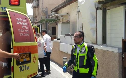 צעיר בן 16 נפצע קשה מדקירות בתל אביב – מצוד אחרי אחיו