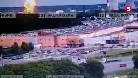תיעוד: פיצוץ בתחנת כוח במוסקבה גרם לשריפת ענק – אשה נהרגה ו 13 נפצעו