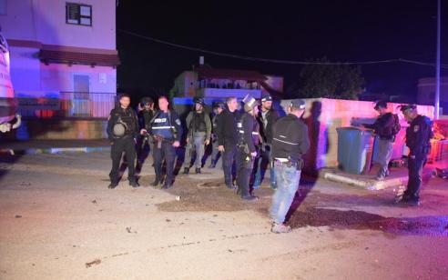 ירי בוצע לעבר רכב שסיכן שוטרים במעבר זיתים ונמלט – המחבל אותר בבית חולים