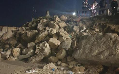 צעיר בן 18 נפל לים מחומה בגובה של כ-8 מטר בעכו ופונה במצב קשה