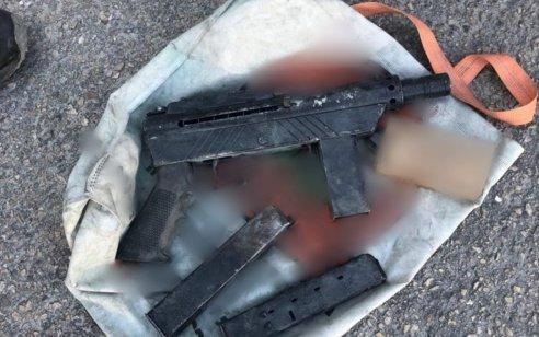 רובה מסוג קרלו, מחסניות ותחמושת אותרו בחיפוש שבוצע בבית עסק בכפר כנא – חמישה חשודים נעצרו