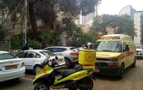 חשד לרצח: גבר כבן 60 אותר ללא רוח חיים עם סימני אלימות בדירה בבאר שבע