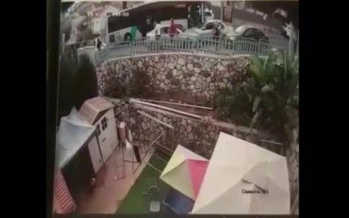 תיעוד: נהג אוטובוס הותקף בעקבות תאונת דרכים בטבריה – החשוד בתקיפה נעצר