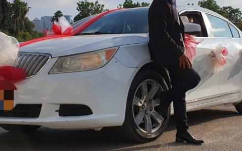 """גבר מנתניה פרץ לרכב של חתן וכלה, גנב מתוכו רכוש רב ונעצר לאחר שצילם עצמו בנייד הגנוב והתמונות עלו ל""""ענן"""""""