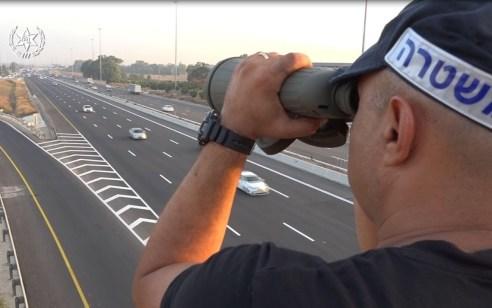 """במהלך השבוע האחרון נרשמו כ5,500 דו""""חות תנועה – 900 מתוכם נגד עבירות הסלולר בזמן נהיגה"""