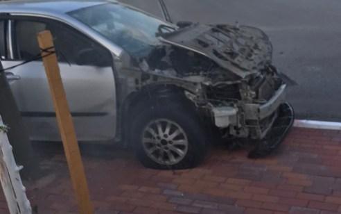 נסיון חיסול בנשר: תושב המקום בן 27 נפצע קשה בפיצוץ רכב – תיעוד