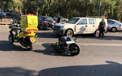 רוכב אופנוע בן 31 נפצע קשה בתאונה ברמת גן