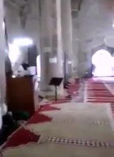 """לאחר המבוכה בבג""""ץ: המשטרה פשטה על מתחם שער הרחמים והחרימה ציוד"""