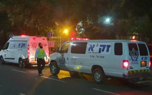 אישה מבוגרת נמצאה ללא רוח חיים לאחר שנפגעה מארון בדירתה בתל אביב